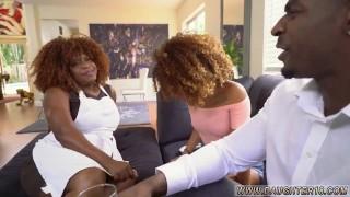 Imagen Madre e hija interracial se la chupa al invitado