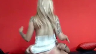 Imagen Porno español chica exitada se deja coger por su sobrino