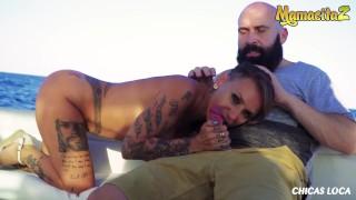 Imagen Porno espanol tatuada follando en un yate