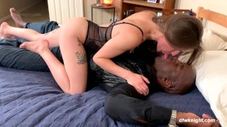 Imagen Interracial chica blanquita quiere sexo anal