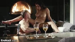 Imagen Sensual sexo con jovencita entre copas
